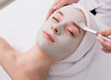 Just $39 for a 60-Minute Custom Facial With Pumpkin Mask and More by Nigi Khan Skincare Located in Bellisima Salon Spa in Simi! Option for One or Choose a Series of Three! Look Great For The Holidays! (Value $80)
