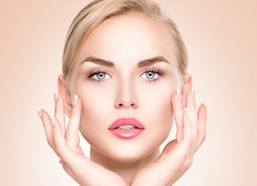 PCA Peel at Luxe Medi Spa in Thousand Oaks39 or Series of Three For $99. (Value $95.)